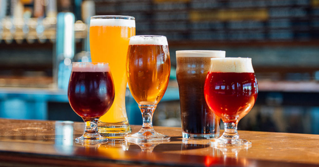 Il-bicchiere-giusto-per-ogni-tipologia-di-birra